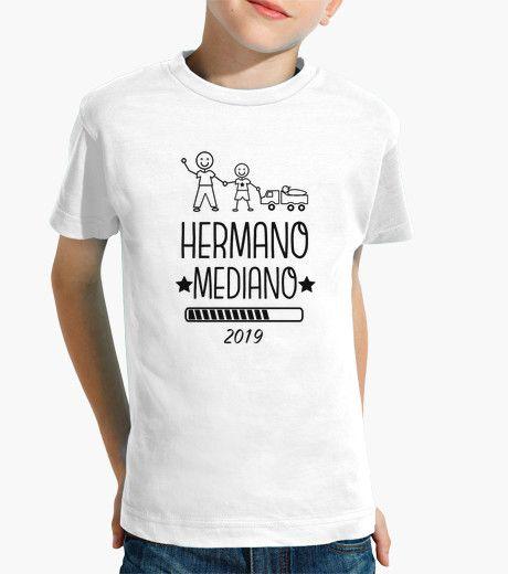 https://www.latostadora.com/conbedebonito/hermano_mediano_2019_letras_negras/1858214