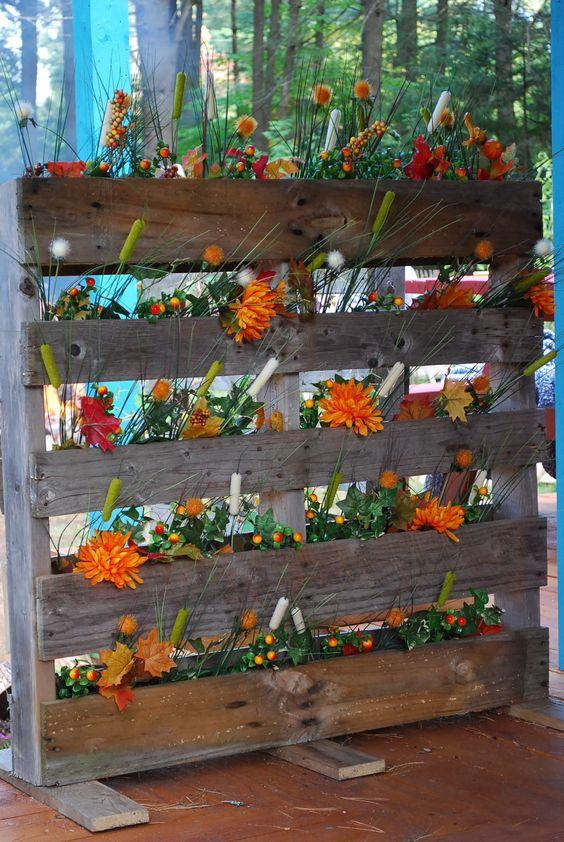 Jardini re faite avec une palette meubles palettes - Jardiniere avec palette ...