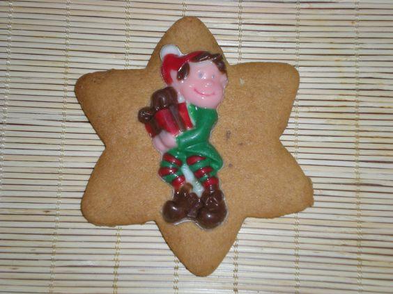 Un detalle original y riquísimo!! Una galleta con una chocolatina de un duendecillo!