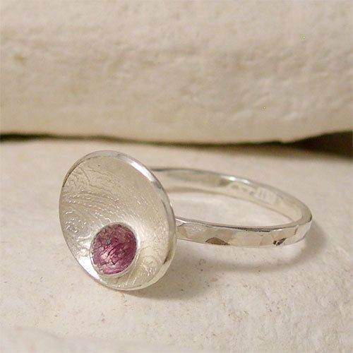 Hey, I found this really awesome Etsy listing at https://www.etsy.com/listing/203313145/enamel-silver-pod-ring-blackberry-seed