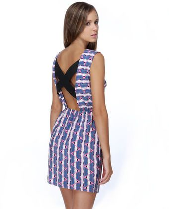 I absolutely love this dress. And at such a reasonable price! -- @ lulus.com for $37 . #lulus #summerdress