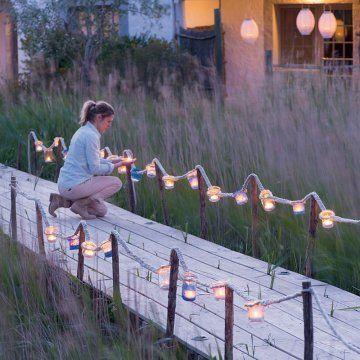 Créer un éclairage de jardin pour les soirées d'été - Marie Claire Idées