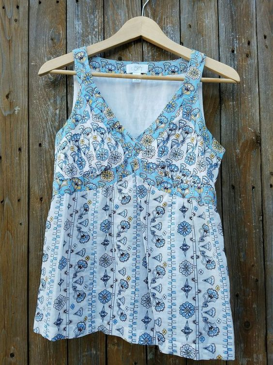 Ann Taylor LOFT Women's Cotton Sleeveless Floral V-Neck Top Size 2…