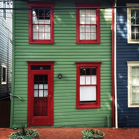 Annapolis Maryland tiny house doortraits instagram Doors