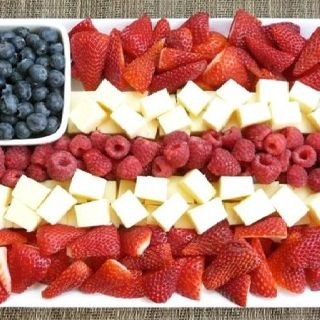 4th of July fruit n cheese tray.