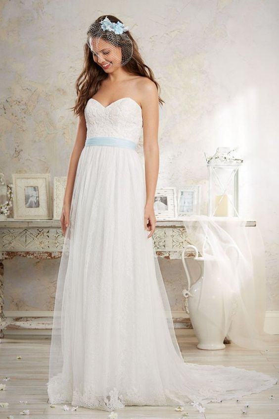 My dress!! Without the blue though