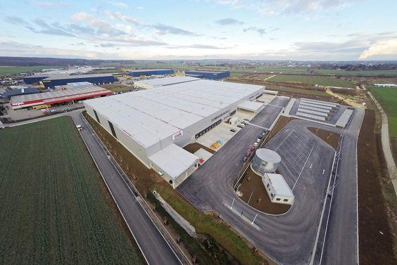 Habacker Holding veräußert zwei Logistik-immobilien an Realogis Real Estate - http://www.logistik-express.com/habacker-holding-veraeussert-zwei-logistik-immobilien-an-realogis-real-estate/