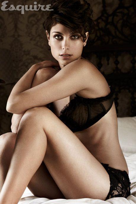 Morena Baccarin - Full size