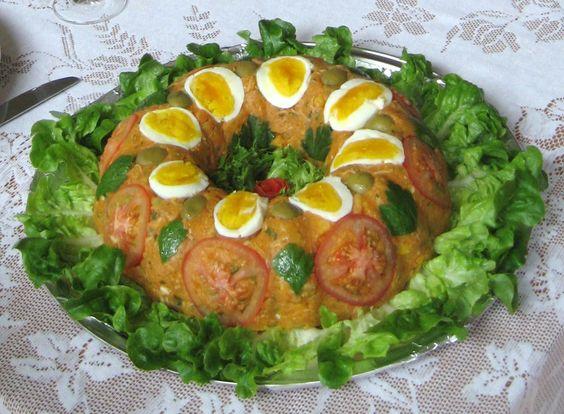 Cuscuz de frango com farinha de milho  (Chicken Brazilian Couscous)