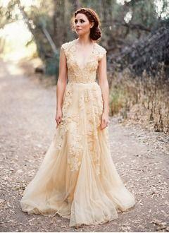 A-Linie/Princess-Linie V-Ausschnitt Hof-schleppe Tüll Spitze Brautkleid mit Perlenstickerei Applikationen Spitze