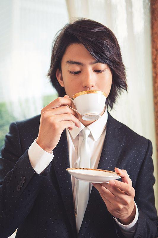 コーヒーが冷めないうちに 有村架純 伊藤健太郎インタビュー 2 2 映画ナタリー 特集 インタビュー 俳優 健太郎 伊藤 俳優