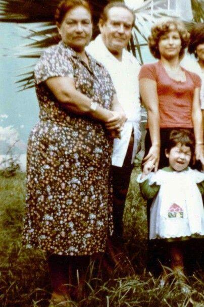 Los Señores Bobbio con Blanca, la menor de la familia con su hija, she was 2 years old. March 20, 2015.