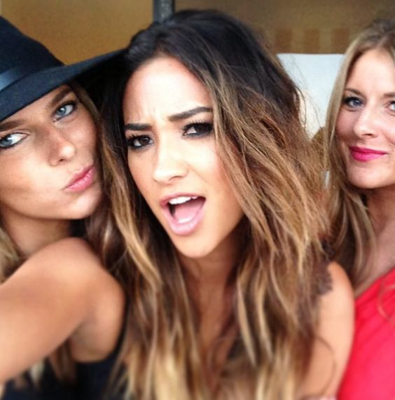 Shay Mitchell Short Ombre Hair | www.imgkid.com - The ...