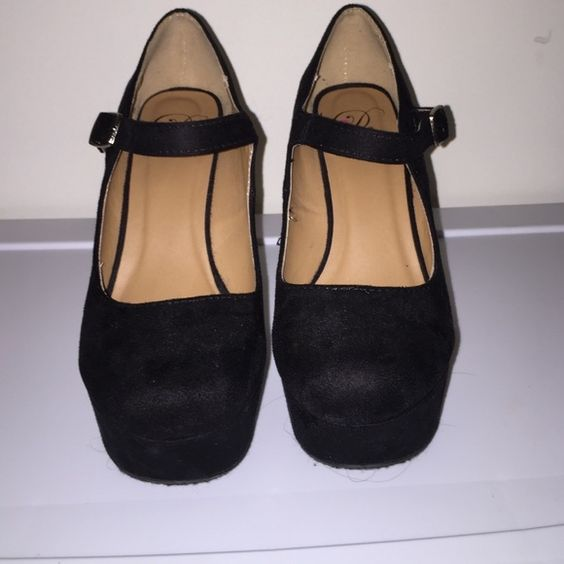 Black Wedges Never worn before! Black wedges in great condition Shoes Wedges