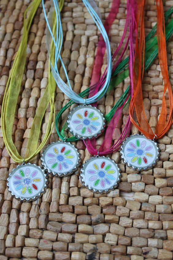 Daisy girl scout troop necklace gifts by ladedadesignsshop for Girl scout daisy craft ideas