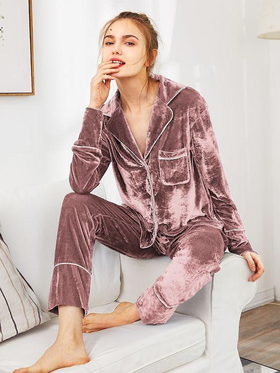 Ensemble de pyjama en velours avec bouton et poche