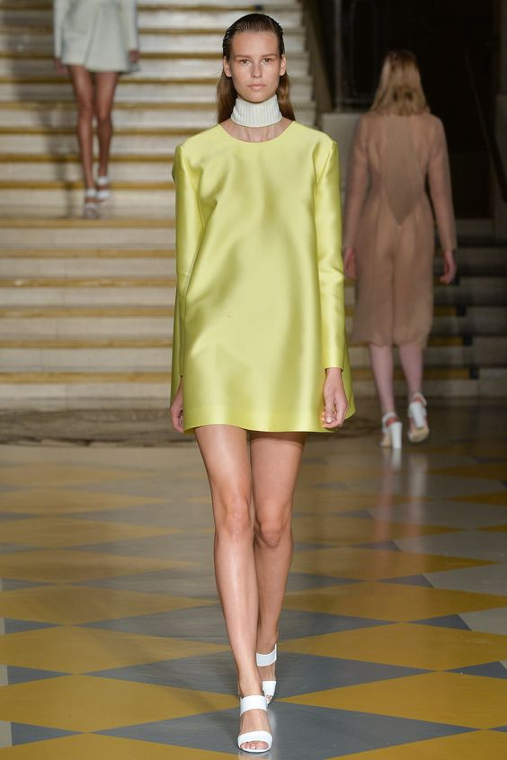 Emilia Wickstead Spring 2015 Ready-to-Wear - Collection - Gallery - Style.com Photo:Stefano Masse/Indigitalimages