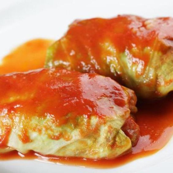 This Cabbage Rolls Recipe Has Been In Our Family For Years It Is Delicious And So Easy To Make Everyone Easy Cabbage Rolls Cabbage Rolls Recipe Cabbage Rolls
