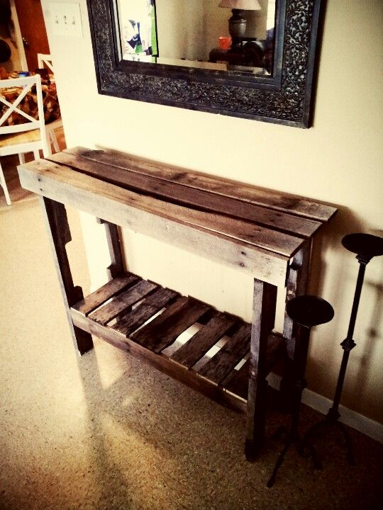 entry table made from pallet wood things made by me. Black Bedroom Furniture Sets. Home Design Ideas