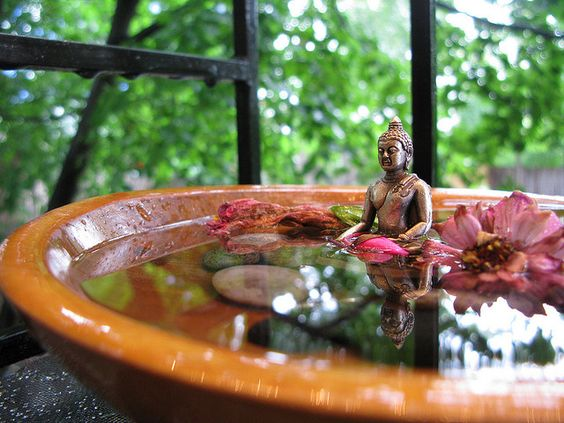 Small indoor tabletop fountains are the perfect way to introduce moving water remedies into your home. Perfect for your Prosperity and Career areas. #FengShui