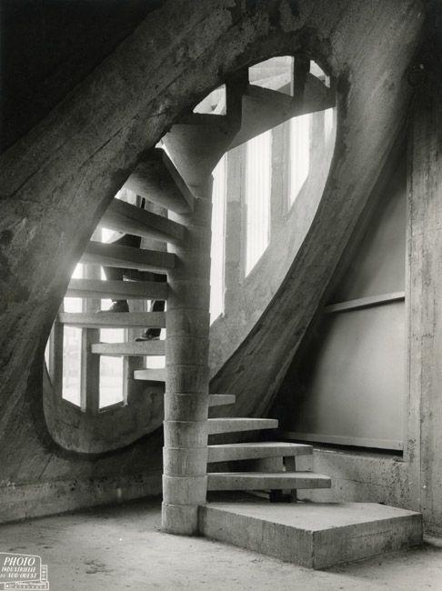 Best Spiral Stair Spirals And Stairs On Pinterest 400 x 300
