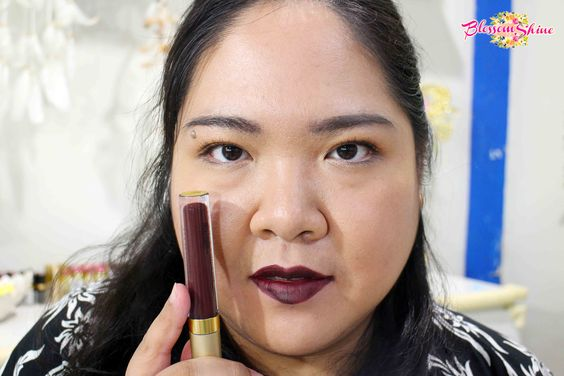 Lip Swatch Poppy Dharsono Liquefied Matte Lip Color 08 - Raisin