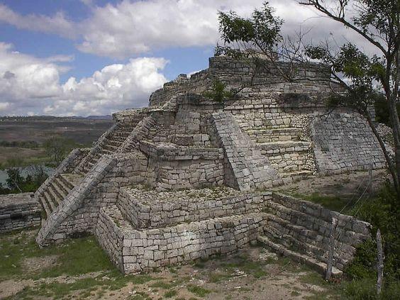 Zona Arqueológica de Chincultik, Chiapas, México