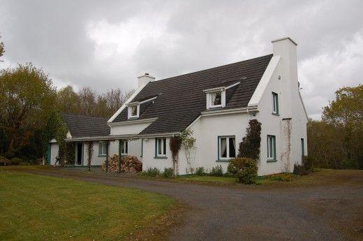 Irish Cottages For Sale In Ireland Irish Cottage Decor Irish Cottage Cottage