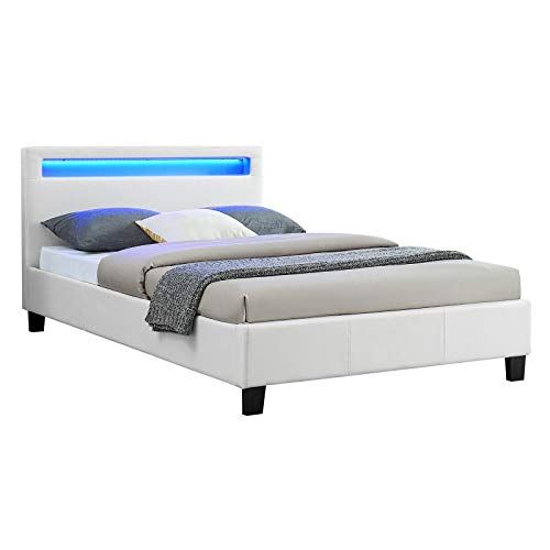 epingle sur ensemble de lit adulte