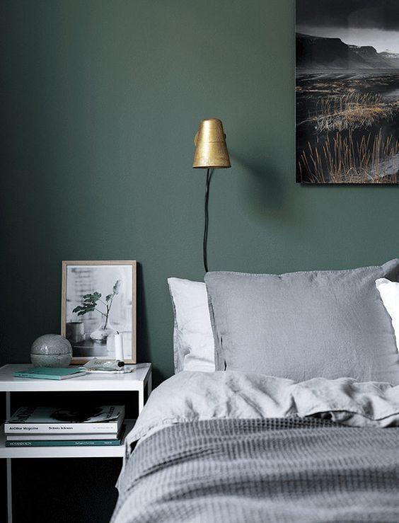 linge de lit lin et mur vert de gris my scandinavian home via nat