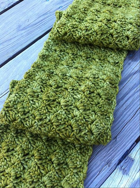 Ravelry: Spring Petals Scarf pattern by Ragamuffin