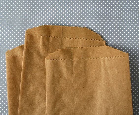 Brown kraft bags are a perfect way to package small gifts, favors and sweets…