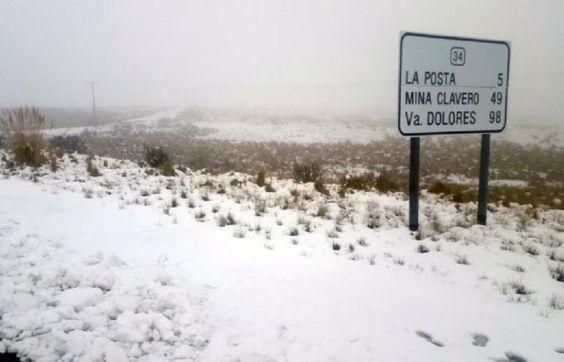 Por la nieve, cortaron el camino de las Altas Cumbres   ElDoce.tv