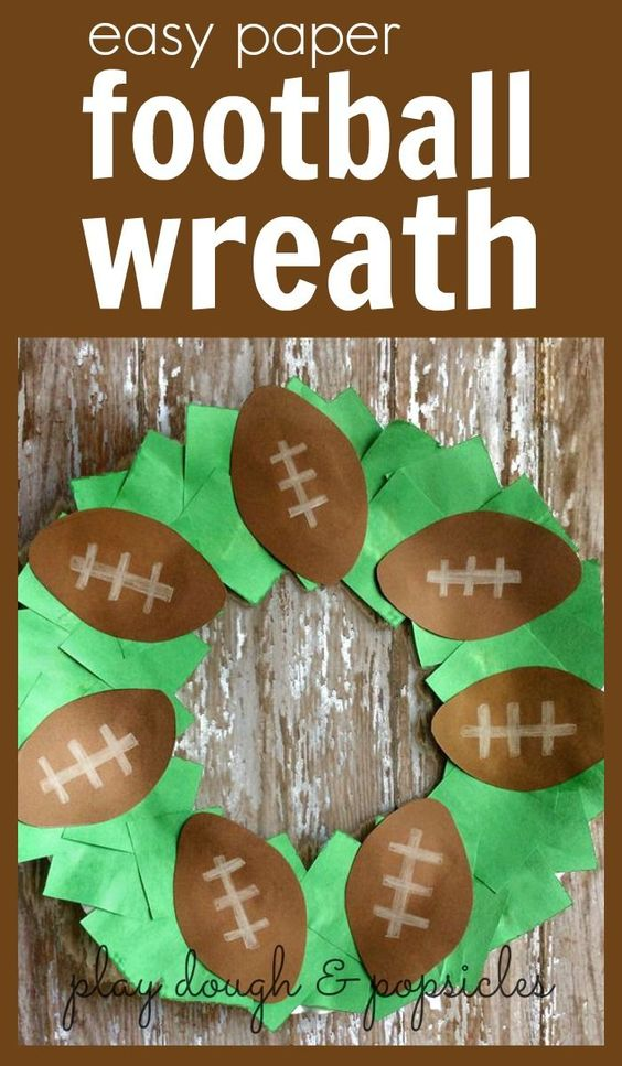 Easy paper football wreath for kids crafts football and for Football crafts for preschoolers