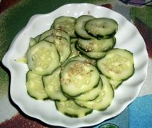 salada de pepino japonês adocicada