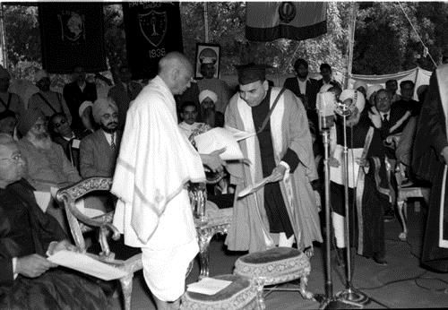 H.E. Shri Chandulal Trivedi, Governor of East Punjab and Chancellor of the East Punjab University presenting the Doctor of Laws (Honoris Causa) degree to Sardar Vallabhbhai Patel at the first convocation of the University held at Ambala on March 5, 1949.