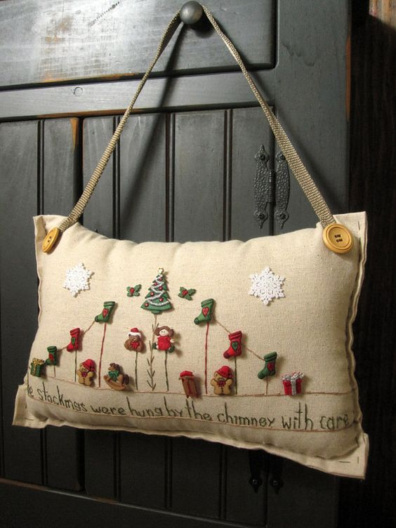 "Hanging Pillow: ""The Stockings Were Hung By the Chimney with Care"" (Cottage Style)"