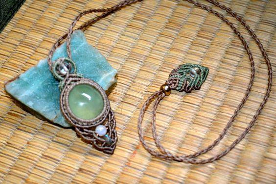 Green Prehnite...Moon stone, Labradorite and Cristal...