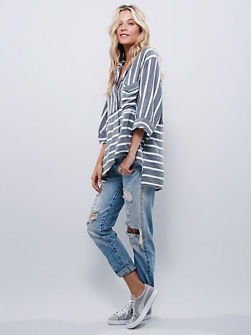 The FP Me Style Pics Gallery is the destination for bohemian street fashion. Check out these street style photos to get inspiration and connect with fashion stylists around the world.
