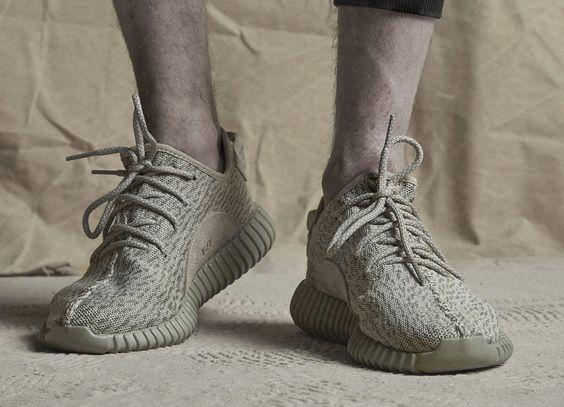 adidas Yeezy Boost 350: Moonrock