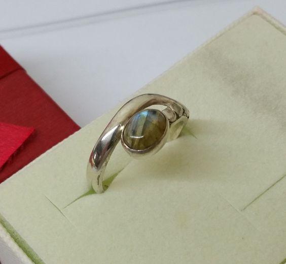 Vintage Ringe - Nostalgischer Ring Silber 925 mit Labradorit SR729 - ein Designerstück von Atelier-Regina bei DaWanda