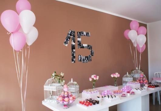 Decoracao De 15 Anos Simples Com Baloes Rosa E Branco Festa