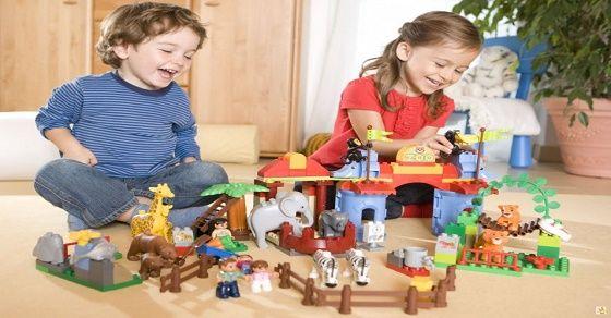 Bí quyết mua đồ chơi phù hợp và an toàn với trẻ mọi lứa tuổi