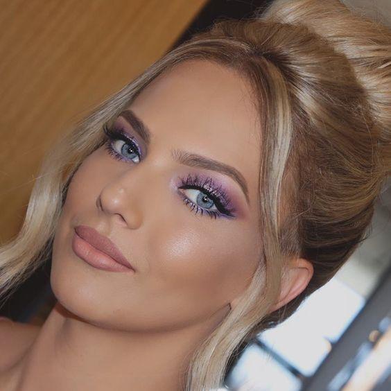 Noiva maquiada sombra lilás