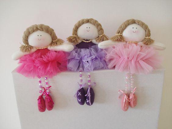 Bonecas bailarinas - R$35,00