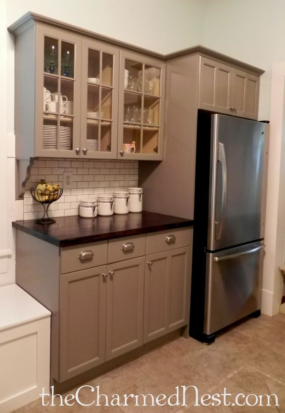 Chalk painting kitchen cabinets ohhh the counter tops for Chalk paint kitchen cabinets