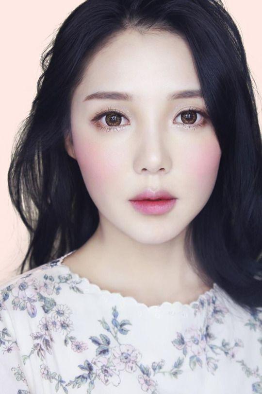 Asian make up artist
