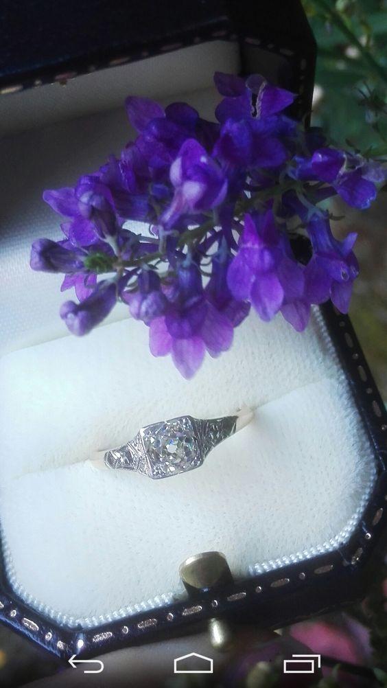 Stunning vintage 0.50ct Old European cut diamond solitaire ring.