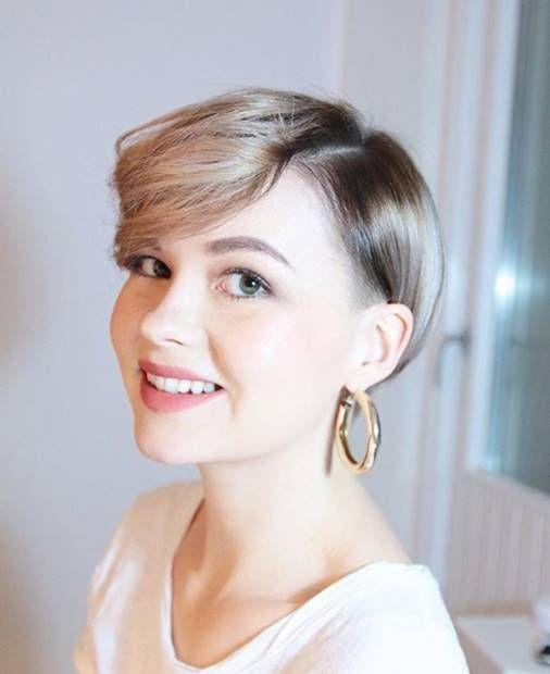 درجات الوان صبغة اومبري للشعر القصير Ombre Short Hair Dye Haircolors Hairstyles Shorthairstyles Haircolortre Short Ombre Hair Short Hair Styles Dyed Hair