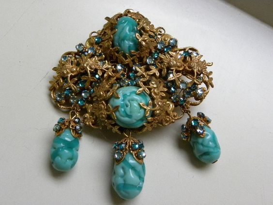 EXCEPTIONAL HASKELL TURQUOISE AND RHINESTONE PIN